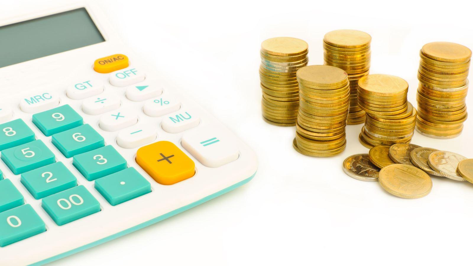 Как ИП на УСН уменьшить налог на страховые взносы{q}